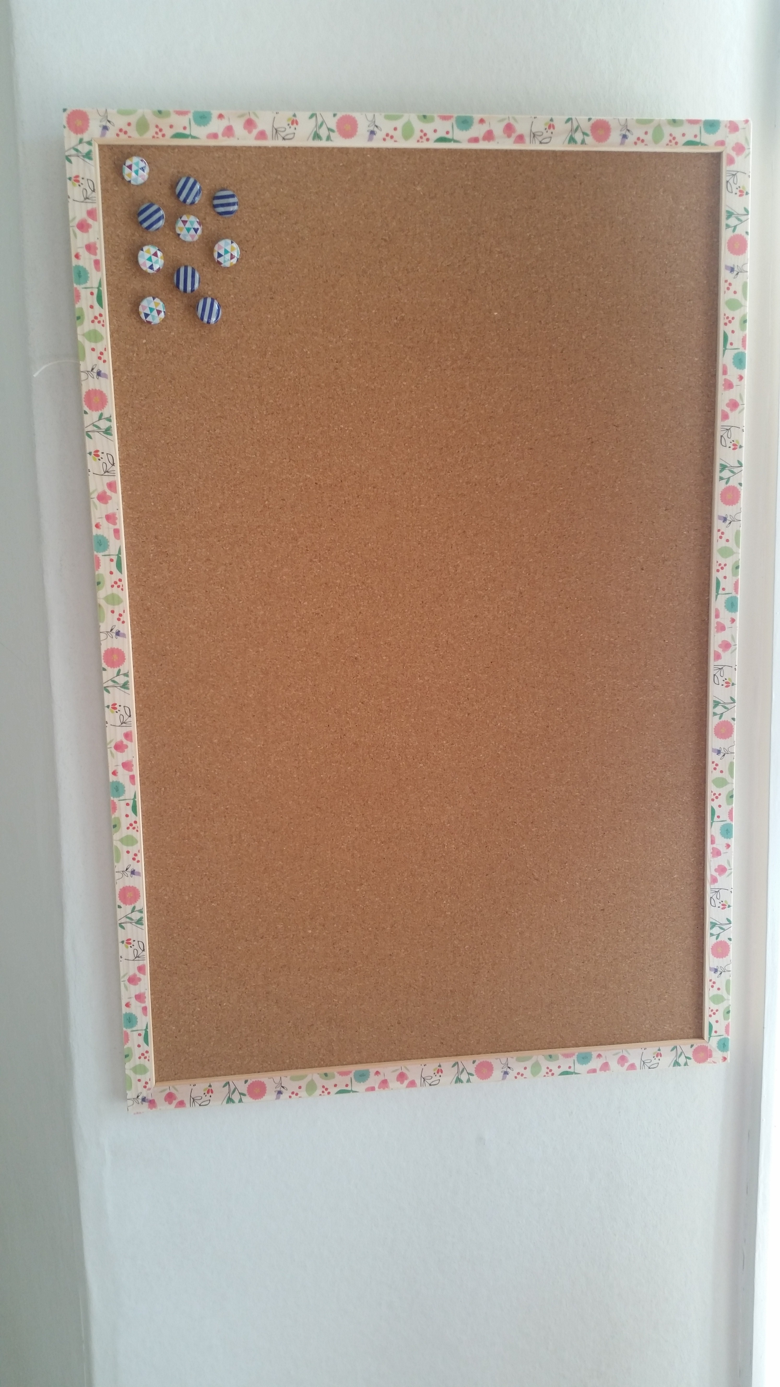 How to decorative notice board tatty designs for Cool notice board designs
